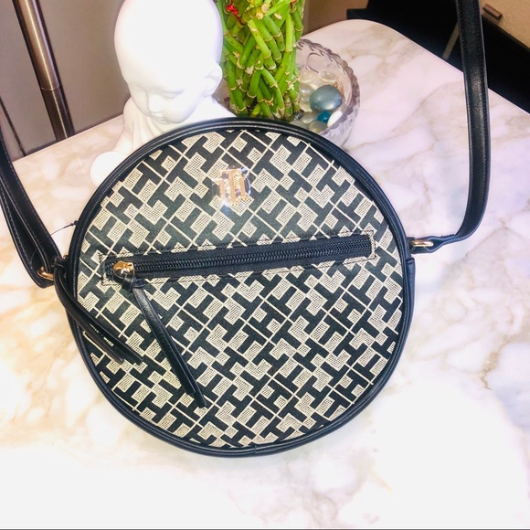 NWOT Tommy Hilfiger Black Signature TH Logo Round Canteen Crossbody Shoulder Bag